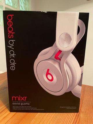 Auriculares beats by Dr Dre, mixr David Getta
