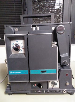 Proyector de cine 16mm.