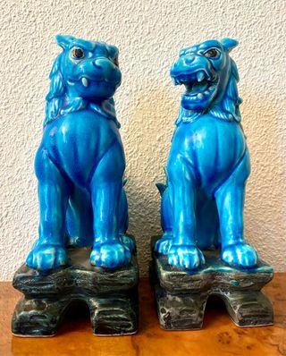 Antigua gran pareja de leones japoneses Komainu