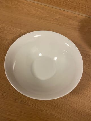 White/Beige Bowl/s or deep plates