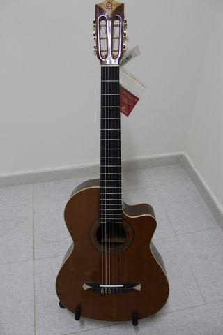 Guitarra Alhambra CS 2CW