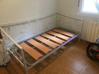 Cama forja blanca tipo sofá