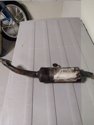 Cola escape Honda Cr 125