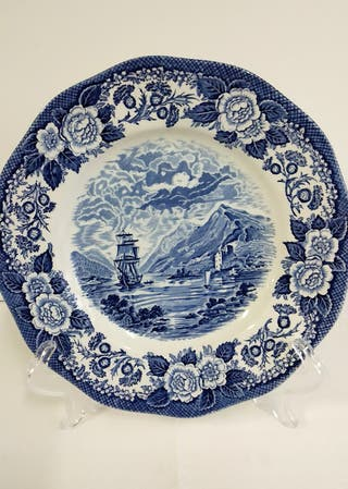 Plato decoración ceramica inglesa