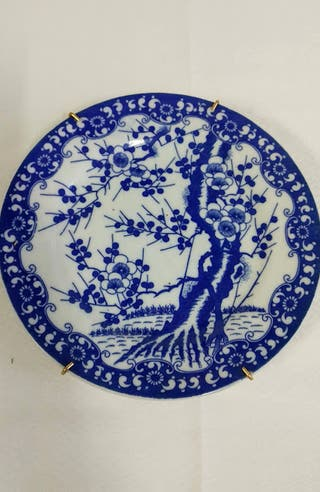Plato árbol decoración cerámica china.