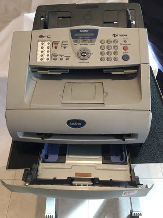 MFC-7225N Impresora multifunción láser monocromo