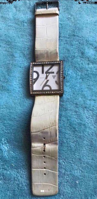 Reloj Guess para mujer