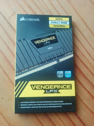 memoria ram ddr4 2x8gb corsair vengeance