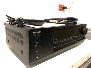 Amplificador receptor estéreo Onkyo TX-8222