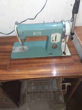 máquinas de coser alfa antigua