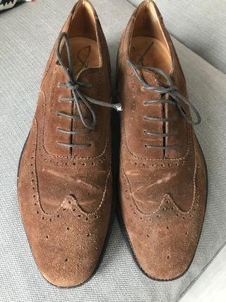Zapatos de ante Loake