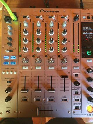 Mesa mezclas pioneer DJM850 +maleta+cable neo