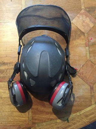 Safety climbing helmet