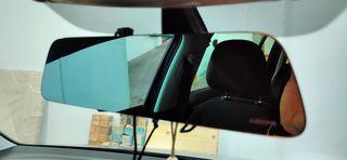 Espejo retrovisor con cámara frontal y pantalla