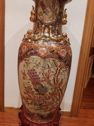 Jarrón porcelana de Satsuma.