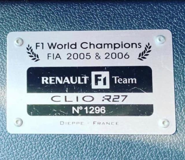 Renault Clio Sport F1 Team R27