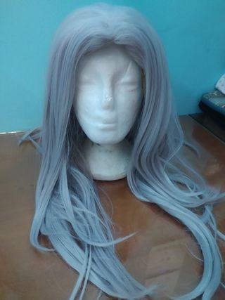 Peluca blanca/grisácea