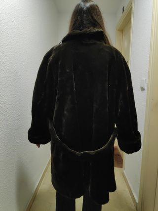 Abrigo imitación mouton marrón