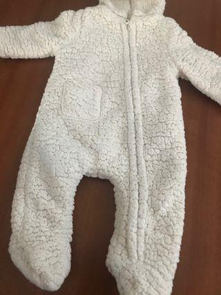 Buzo bebe con capucha