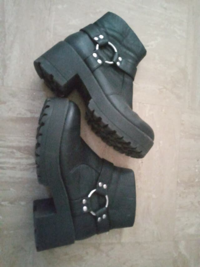 river island boots size 6/7