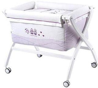 Mini una NAF NAF con colchón y sábanas