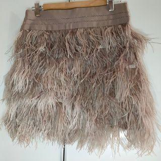 Falda de plumas Sfera. Talla S.