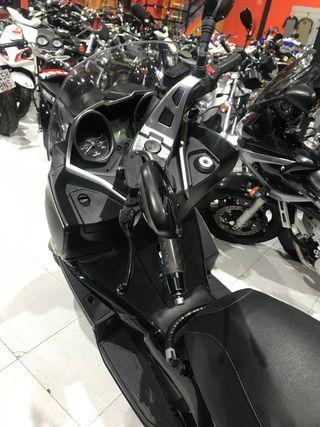 Kymco J 300 ABS