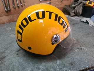 se vende casco de moto R-evolution.