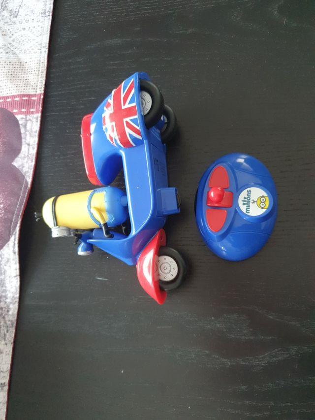 moto Minions
