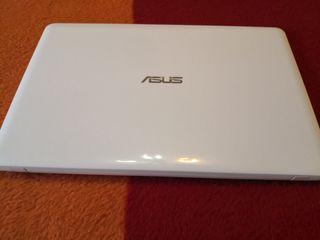 Asus i3 5005u