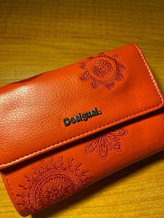 Monedero cartera DESIGUAL