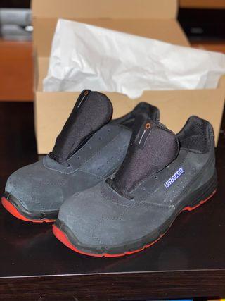 Zapatos de seguridad Sparco