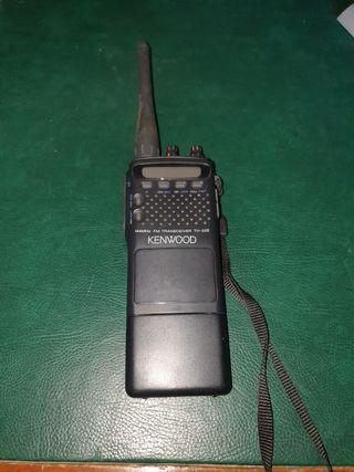 Emisora KENWOOD TH-22 E