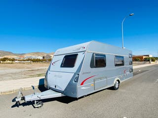 Hymer Eriba 3 ambientes aire mover full 7 plazas