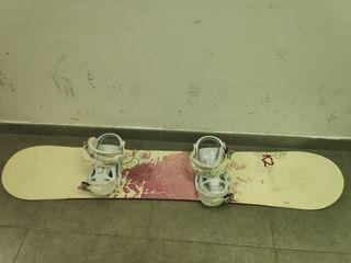 Tabla de snowboard 142 cm.