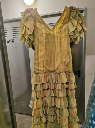 vestido traje sevillanas