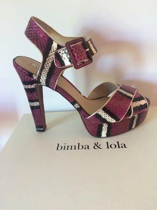 Sandalias plataforma Bimba y Lola pitón 39