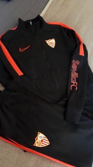 Prescribir En necesidad de nadie  Chándal Nike Sevilla FC (Talla XL niño 158-170cm) de segunda mano por 30 €  en Sevilla en WALLAPOP