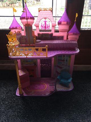 Castillo de las princesas Disney Mattel