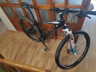 Bicicleta MTB CUBE LTD PRO