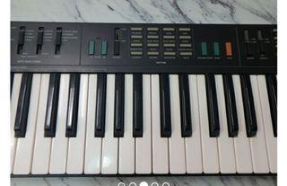 organo eléctrico Yamaha Psr-11