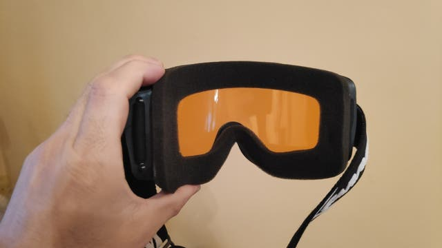 Casco de Esquí o Snowboard + gafas Carrera