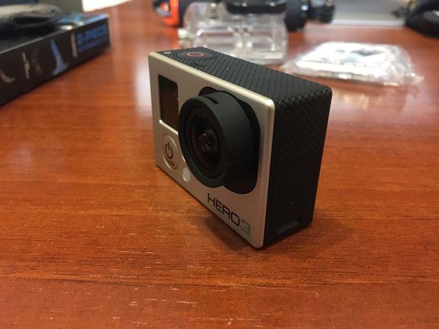 GoPro Hero 3 con accesorios