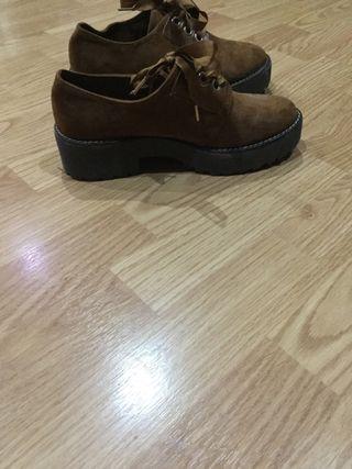 Zapatos talla 37 marrones