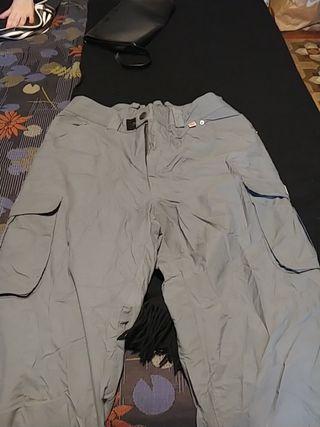 Pantalones para hombre para frío o nieve.