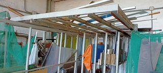 Estructura para chapas cristales maderas