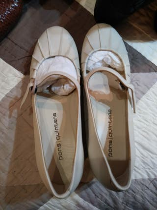 Zapatos tipo bailarinas talla 39