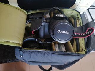 CAMARA CANON EOS 550D + OBJETIVO EF 75-300 +ACESOR