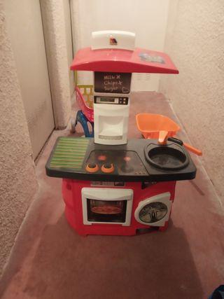 cocina de juguete y accesorios