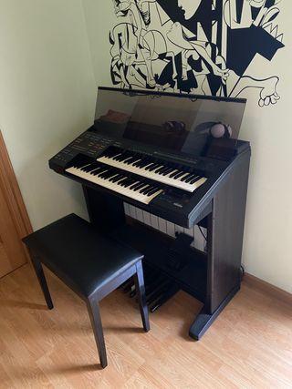 Órgano Yamaha H7
